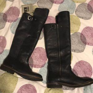 Frye Mara Button OTK shearling lined boots 7